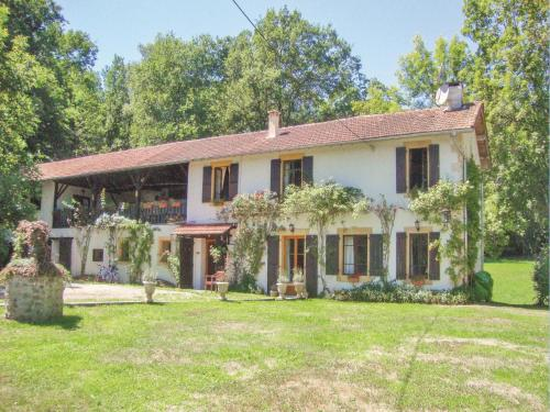 Holiday home Route de Fabas K-804 : Guest accommodation near Lafitte-Vigordane