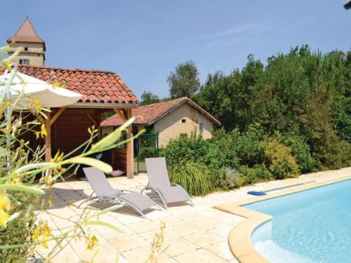 Two-Bedroom Holiday Home in Pontcirq : Guest accommodation near Montgesty