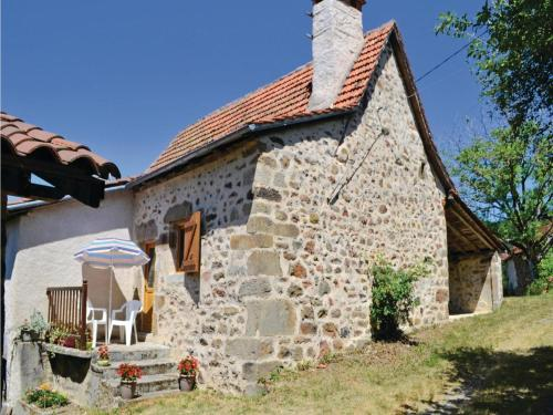 Two-Bedroom Holiday Home in St. Bressou : Guest accommodation near Cardaillac