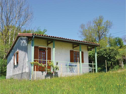 Two-Bedroom Holiday Home in St. Bressou : Guest accommodation near Le Bouyssou