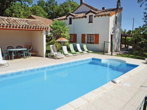 Holiday Home Montlauzun - 04 : Guest accommodation near Montcuq