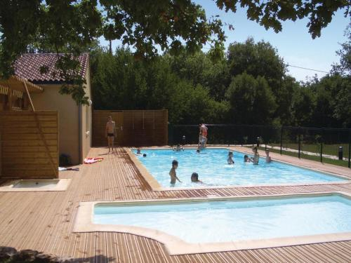 Apartment Route De Cajarc II : Apartment near Gramat