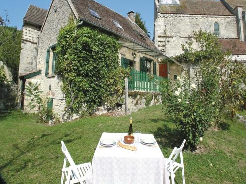 Holiday Home Orgeval Grande Rue : Guest accommodation near Courtrizy-et-Fussigny