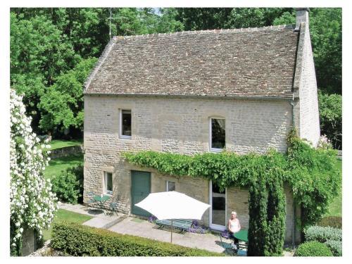 Holiday home Rue du Val de Douet : Guest accommodation near Mathieu