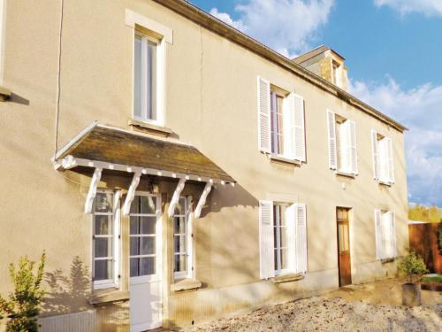 Holiday home Rue des Barres : Guest accommodation near Bernesq