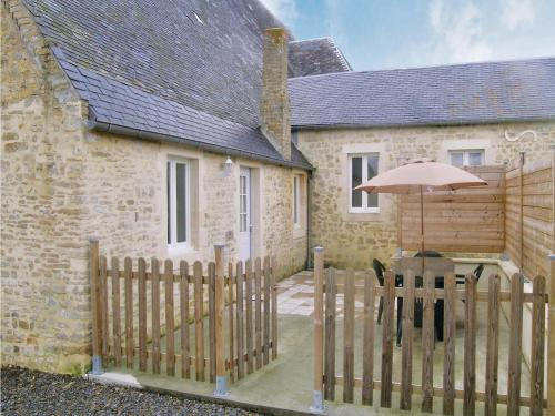 Holiday home Lieu dit les Pavillons : Guest accommodation near Cricqueville-en-Bessin