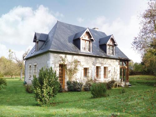 Holiday Home Honfleur Chemin Des Monts : Guest accommodation near Fourneville