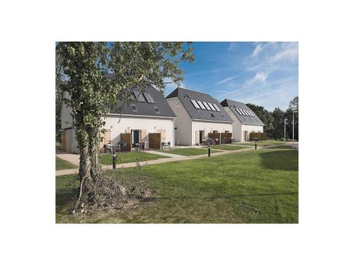 Holiday home Houlgate CD-1166 : Guest accommodation near Douville-en-Auge
