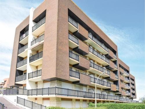 One-Bedroom Apartment in Villers-sur-Mer : Apartment near Blonville-sur-Mer