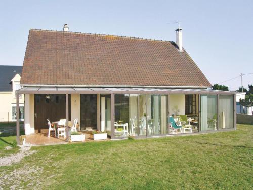 Holiday home Avenue de Normandie : Guest accommodation near La Haye-du-Puits