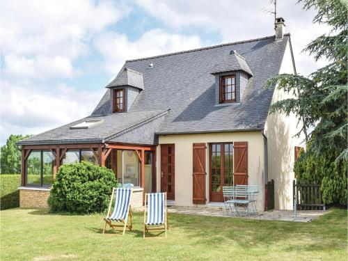 Holiday Home Rue Veillon : Guest accommodation near Saint-Aubin-de-Terregatte