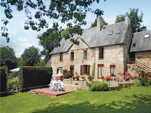 Holiday home Mortain 27 : Guest accommodation near Notre-Dame-du-Touchet