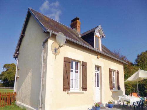 Holiday home Le Dezert with a Fireplace 415 : Guest accommodation near Gourfaleur