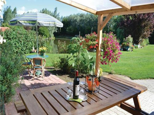 Holiday home Watten KL-1097 : Guest accommodation near Wavrans-sur-l'Aa