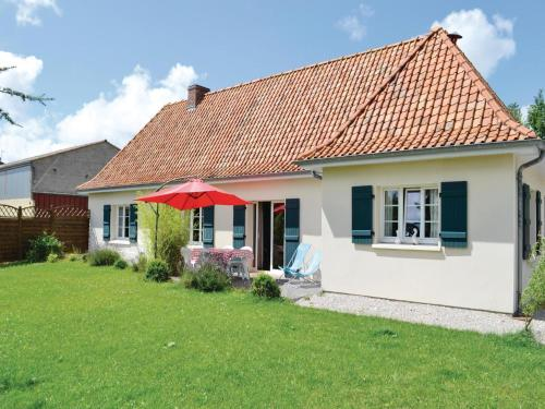 Holiday Home Gite De La Lombardie : Guest accommodation near Bournonville