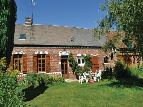 Holiday Home Pas En Artois Rue Principale : Guest accommodation near Liencourt