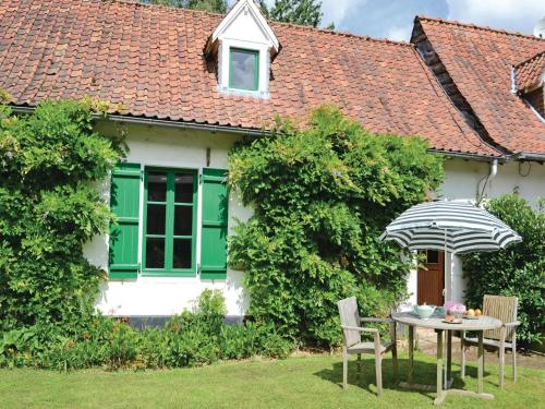 Holiday Home St. Denoeux Rue Principale : Guest accommodation near Saint-Denœux