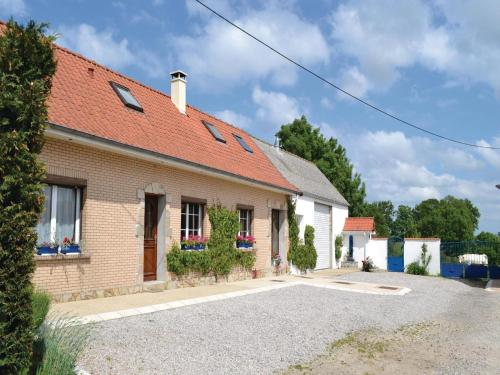 Holiday home Senlecques QR-1055 : Guest accommodation near Wavrans-sur-l'Aa