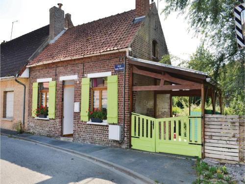 One-Bedroom Holiday Home in Arques : Guest accommodation near Pihem