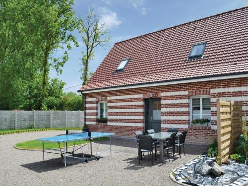 Holiday Home Renty - 08 : Guest accommodation near Pihem