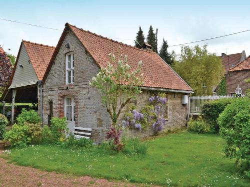 One-Bedroom Holiday home Drucat with a Fireplace 06 : Guest accommodation near Yvrench