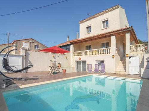 Holiday Home Rue Paul Lombard : Guest accommodation near Port-de-Bouc