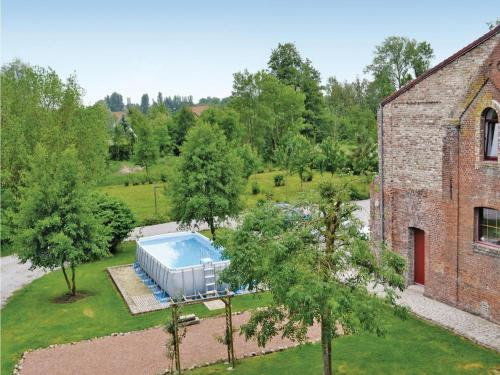 Holiday Home Rue De La Morande : Guest accommodation near Remilly-Wirquin