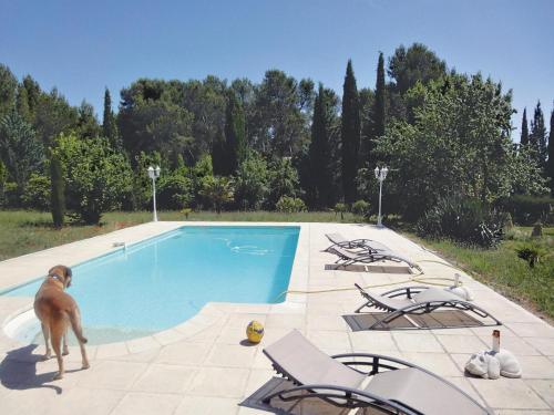 Holiday home Lambesc UV-1027 : Guest accommodation near Saint-Cannat