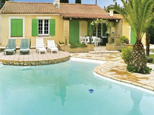 Holiday Home Bouldon Avenue Charles De Gaulle : Guest accommodation near Aramon
