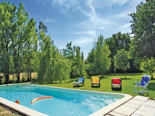 Holiday home Salon de Provence ST-1015 : Guest accommodation near Salon-de-Provence