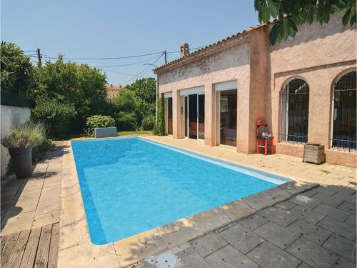 Apartment - One-Bedroom Holiday Home in Aix-en-Provence : Apartment near Bouc-Bel-Air