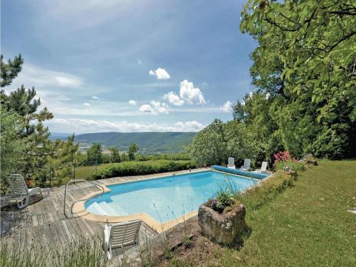 Holiday home Roynac 36 : Guest accommodation near Marsanne