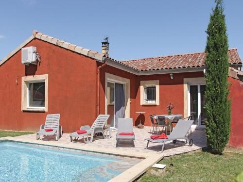 Three-Bedroom Holiday home Ancone with a Fireplace 05 : Guest accommodation near Meysse
