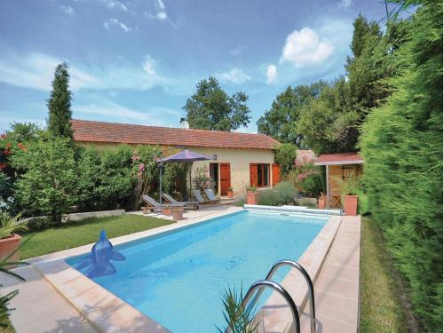 Holiday Home Tulette with a Fireplace 01 : Guest accommodation near Saint-Roman-de-Malegarde