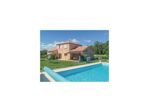 Four-Bedroom Holiday home Montboucher sur Jabron 0 03 : Guest accommodation near Cruas