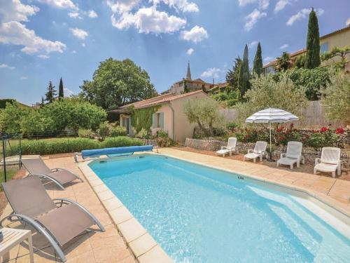 Holiday home St. Saturnin-les-Apt 42 : Guest accommodation near Rustrel
