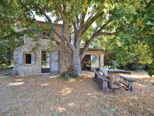 Holiday Home Le Tilleuil Du Bois De Poussel : Guest accommodation near Sivergues