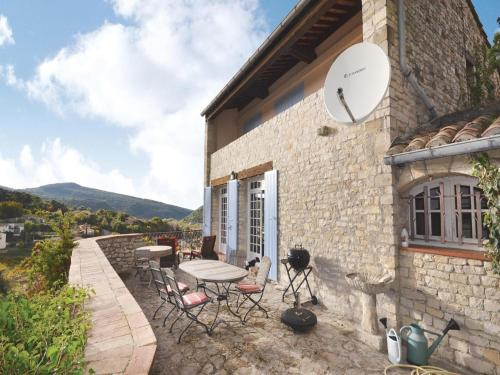 Holiday home Rue du Grand Jaques M-887 : Guest accommodation near Sablet