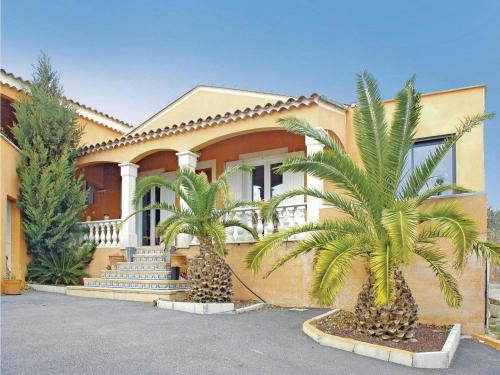 Holiday home Bourg Saint Andeol CD-919 : Guest accommodation near Saint-Martin-d'Ardèche