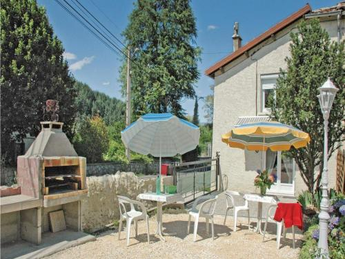 Two-Bedroom Holiday Home in Jaujac : Guest accommodation near Borne