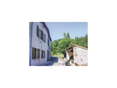 Holiday Home la Crotte - 04 : Guest accommodation near Saint-Jean-Chambre