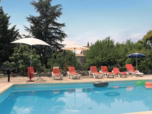Holiday home La Bastide de Virac 26 with Outdoor Swimmingpool : Guest accommodation near Le Garn