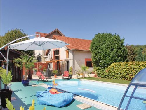 Holiday home Saint Jean de Moirans with Sauna 435 : Guest accommodation near Réaumont