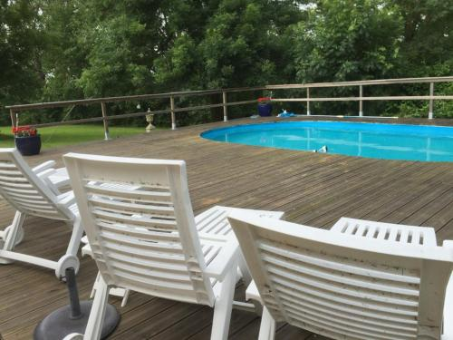 Au Lauche : Guest accommodation near Saint-Eutrope-de-Born