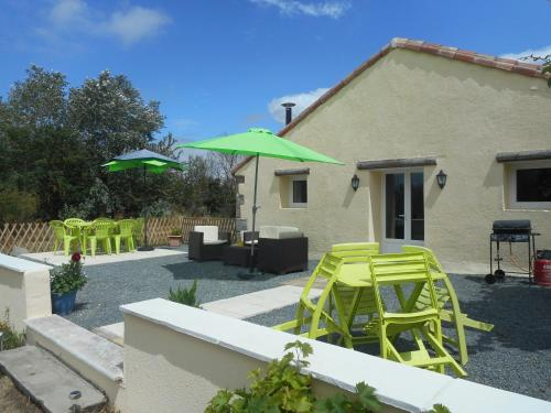 La Cachette : Guest accommodation near Luzay