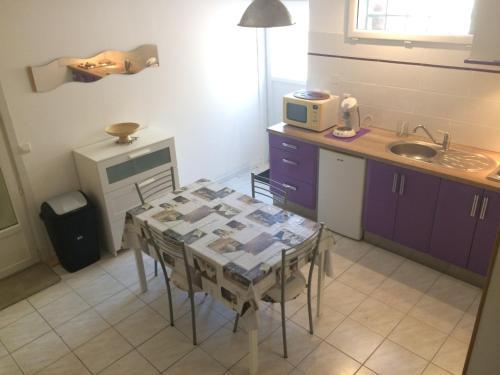 Logement aux portes de Montpellier : Apartment near Lavérune