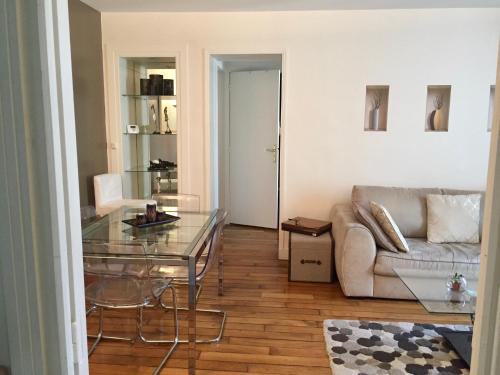 Appart 50m2, Porte de Versailles : Apartment near Issy-les-Moulineaux