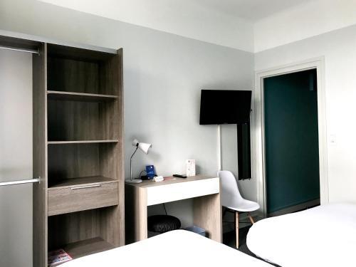 Hôtel Le Bretagne : Hotel near Saint-Nazaire
