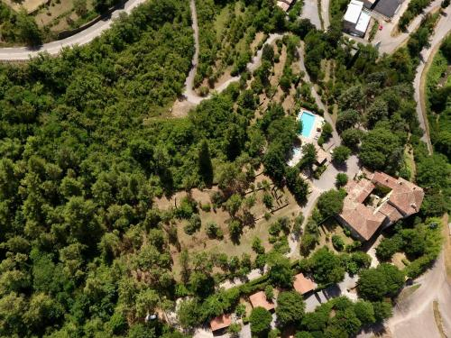 Manoir de Champvert : Guest accommodation near Saint-Genest-de-Beauzon