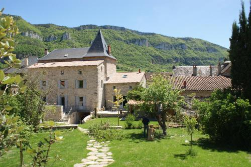 Les FREJALS : Bed and Breakfast near Peyreleau